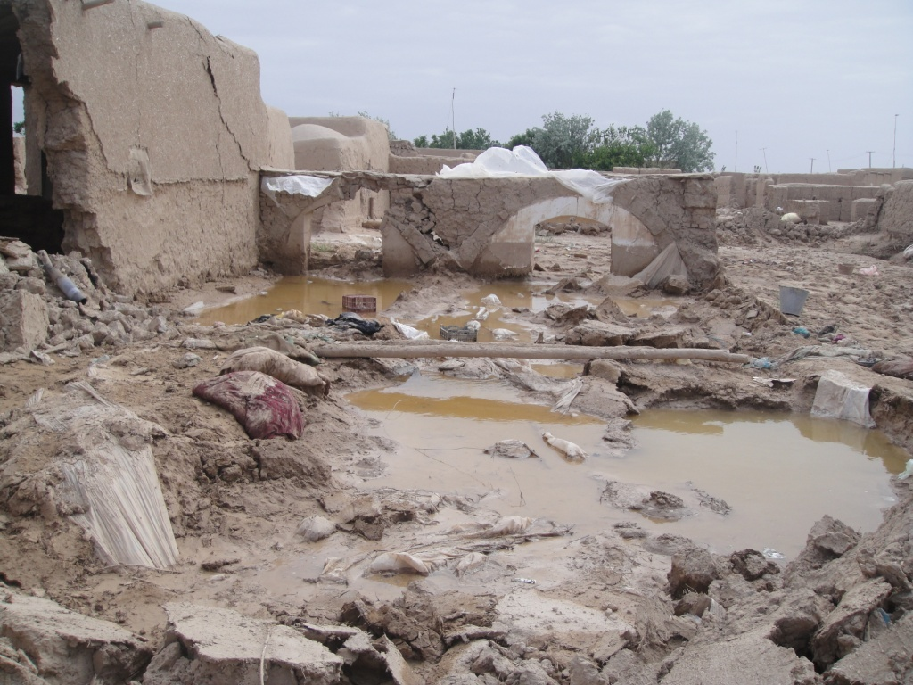 Heavy rainfall has caused a series of flash floods across northern Afghanistan. CARE distributes tents and sanitary supplies. Photo: CARE Afganistan